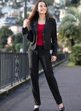 Hosen-Anzug, Nadelstreifen