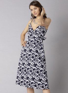 Träger-Kleid, Bindeschleife