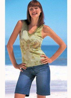 Jeans-Bermuda, grüne Ziernähte