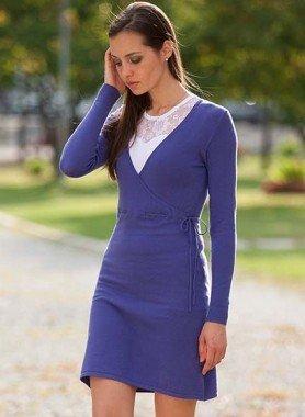 Feinstrick-Kleid, vorne gekreuzt
