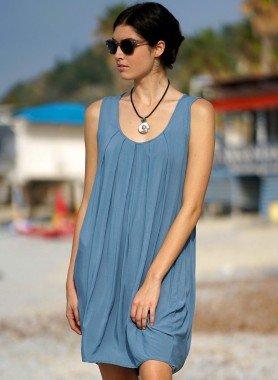 Ärmelloses-Kleid, Falten