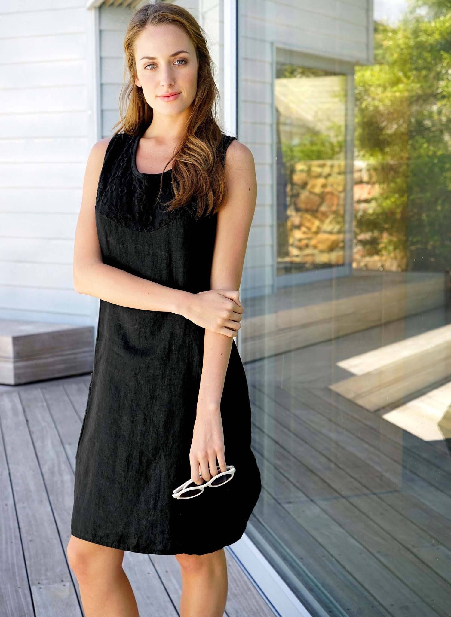 D-Leinen-Kleid,Floral schwarz L 010 - 3 - Ronja.ch