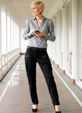 Pantalon avec ceinture vernis