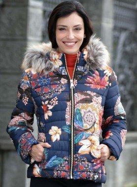 Veste à capuchon, motif fleurs