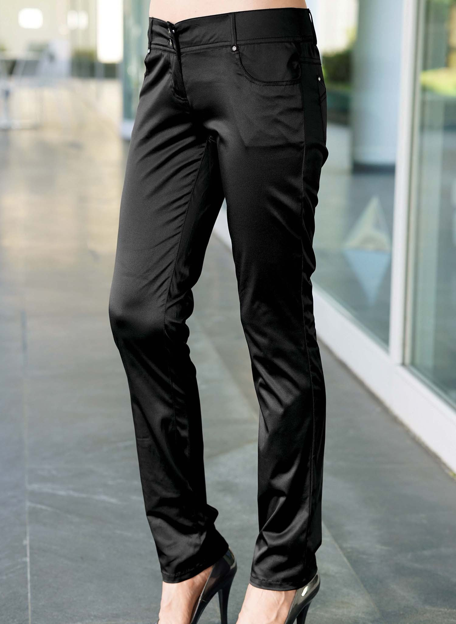 Pantalone in satin, 5 tasche