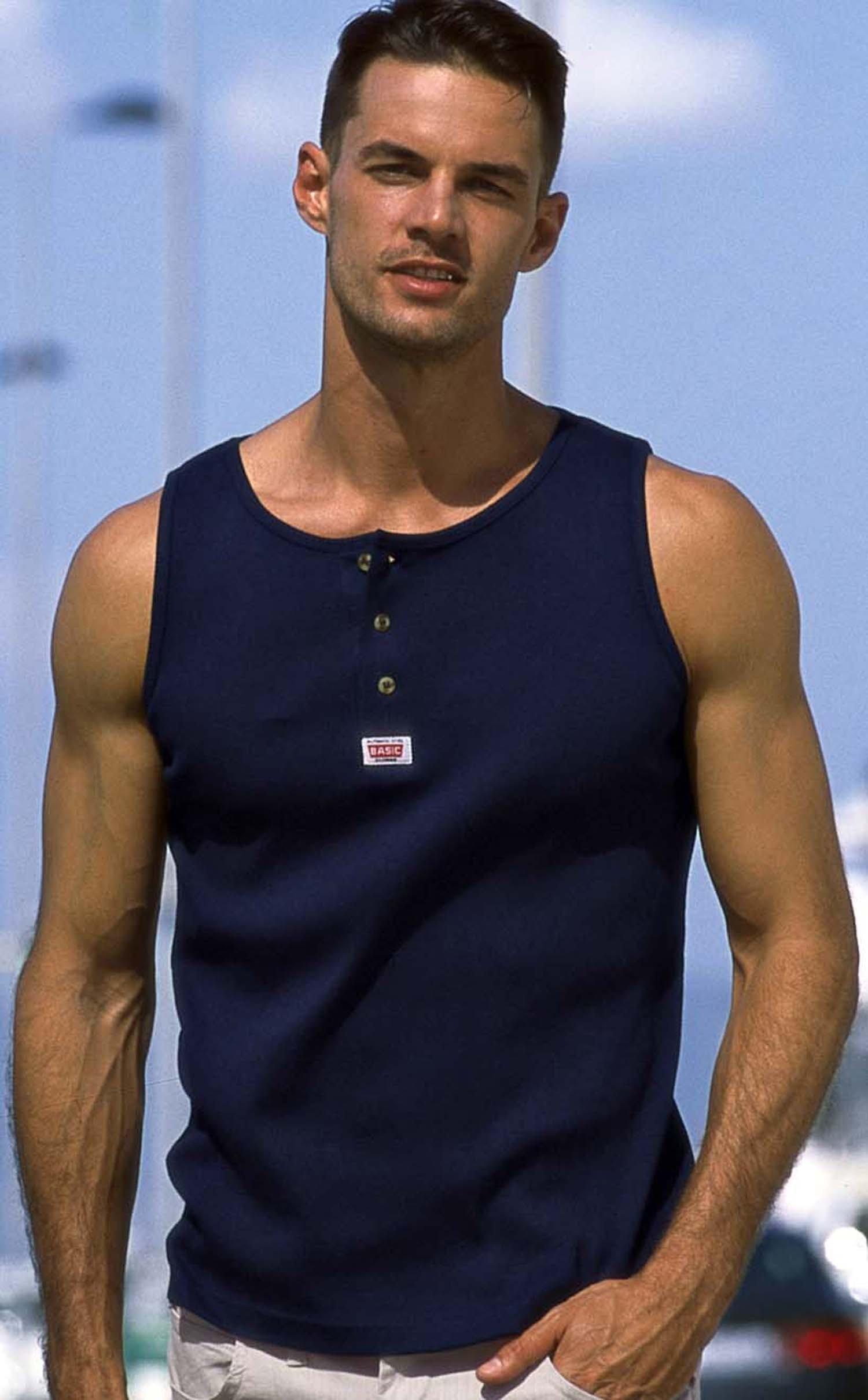 "H-Muskel-Shirt ""BASIC"" marine S 053 - 1 - Ronja.ch"
