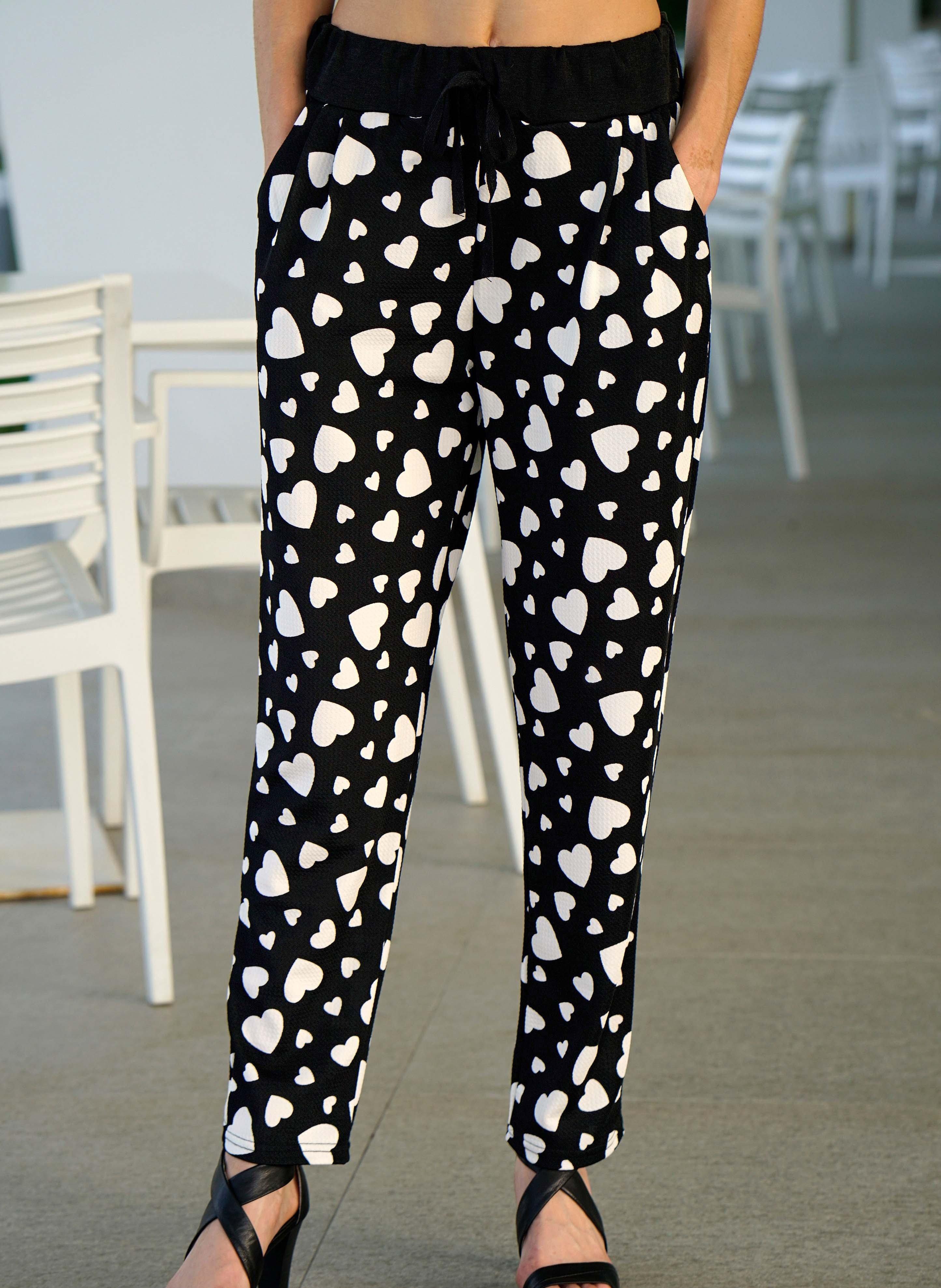 Pantalone, cuori stampati