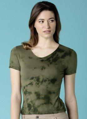 Top, color Batik