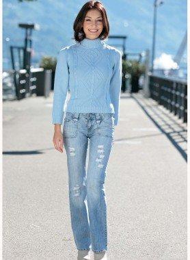 Jeans, effetto rovinato