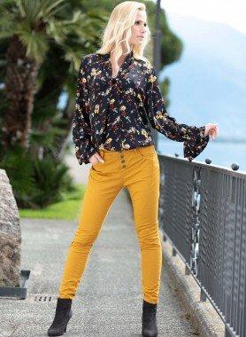 Pantalone, cintura di stoffa