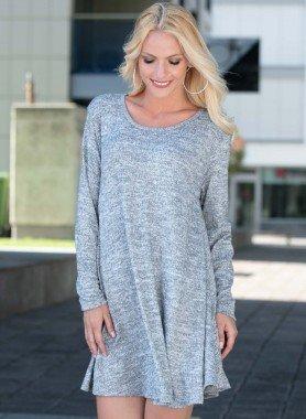 Lamgarm-Kleid, Rundausschnitt